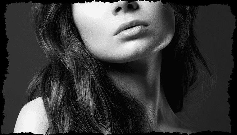 Visage femme noir et blanc stress oxydant