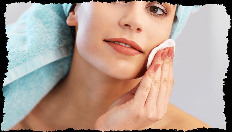 Nettoyer visage femme coton
