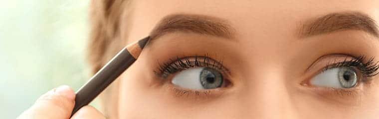 sourcils crayon visage femme