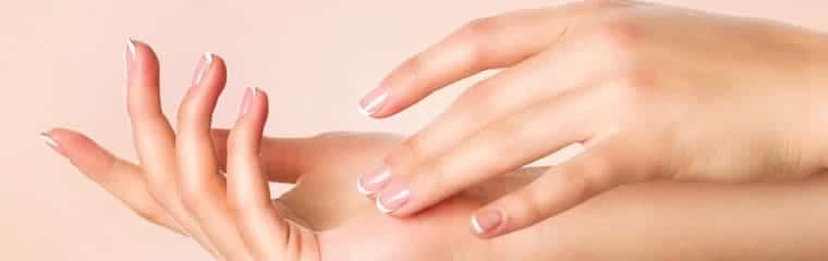 belles mains femme
