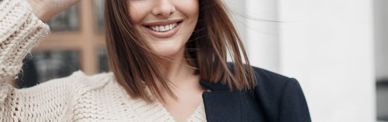 femme lumineuse sourire