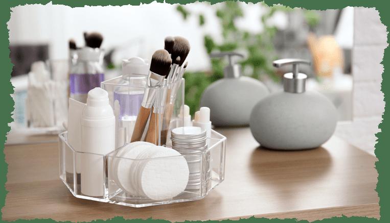 8 essentiels beauté à avoir dans votre salle de bain