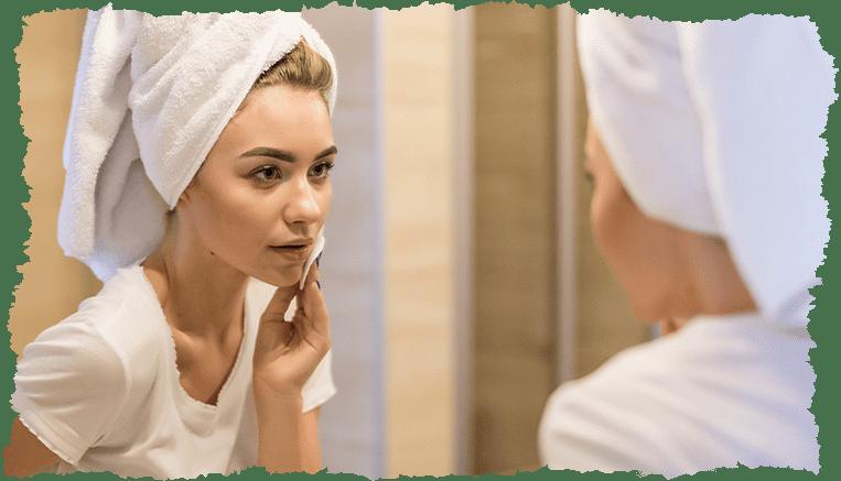 femme miroir peau desquamation