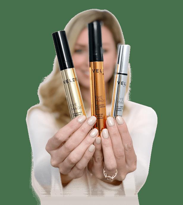 femme blonde eye magic velds
