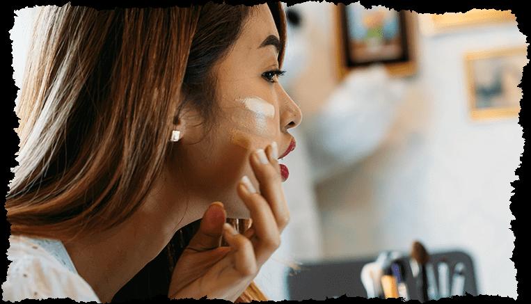 femme asiatique choix couleurs visage